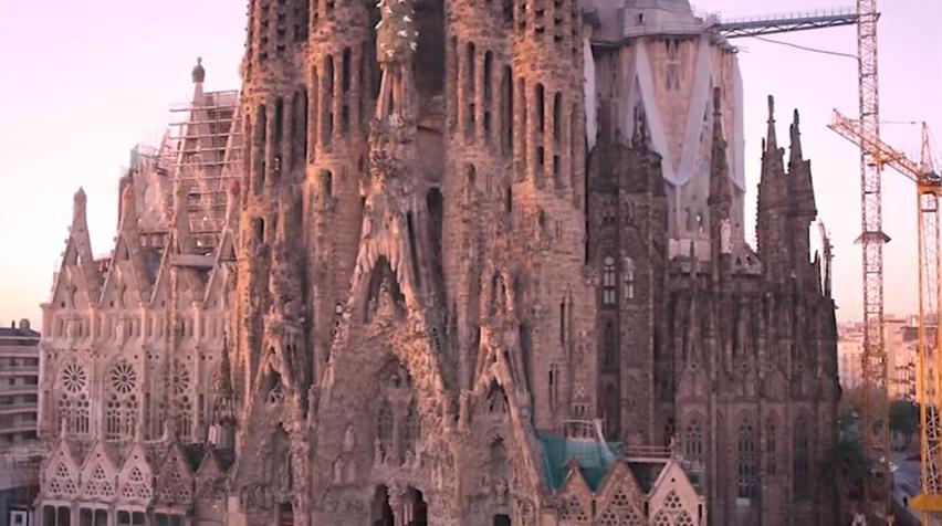 Descubre Barcelona en un click